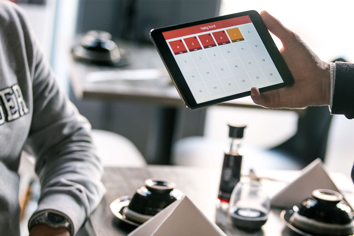 Assess Emerging Technology Trends for Workplace Application