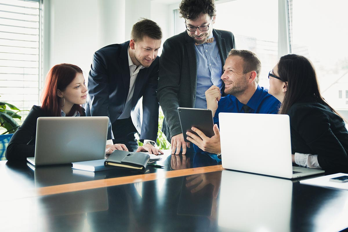 Lead Workplace Communication and Engagement